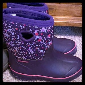 Little girls Cat and Jack Rain boots
